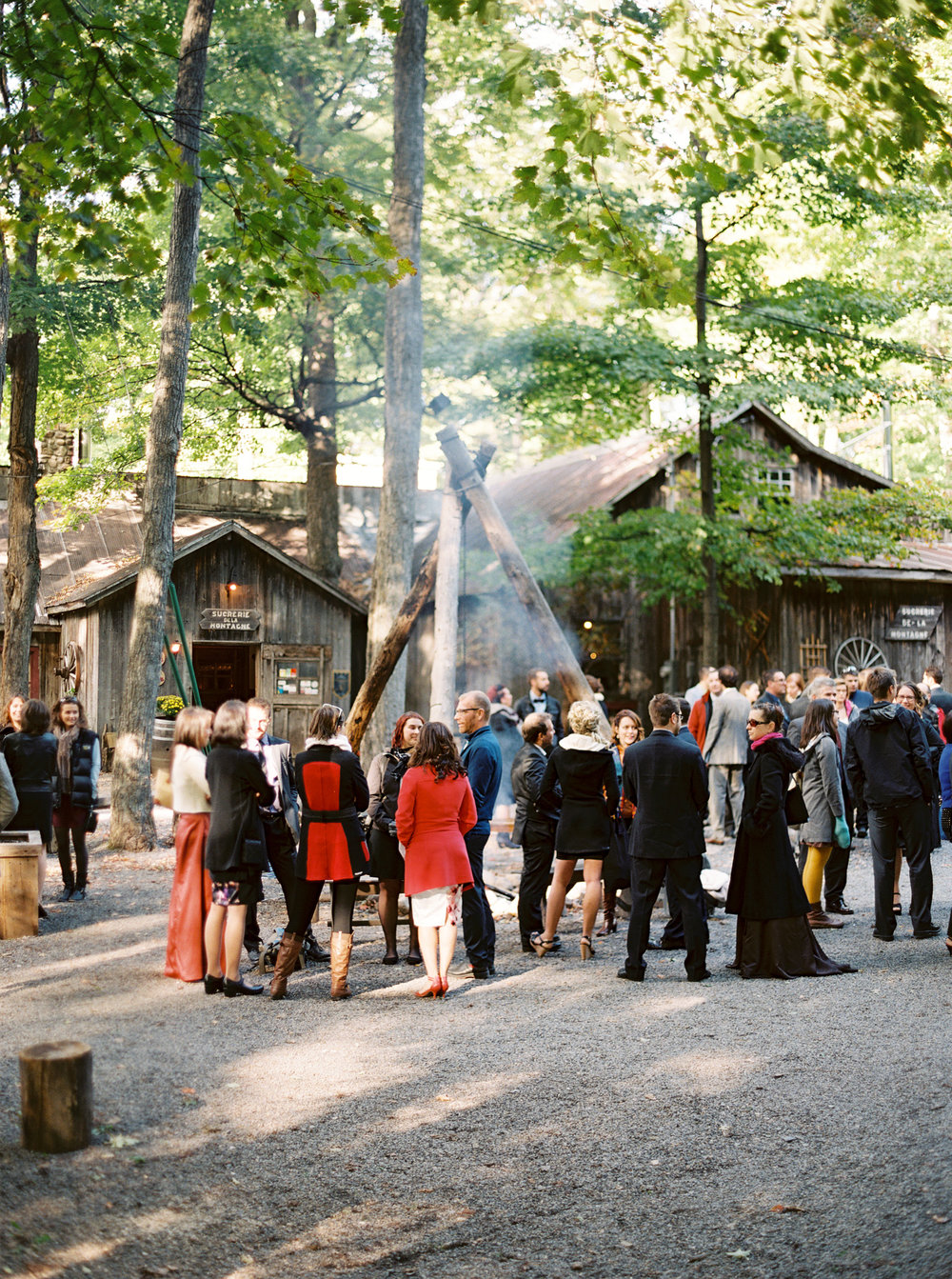 0079-WhenHeFoundHer-SugarShack-QuebecWedding-MagnoliaRouge.jpg