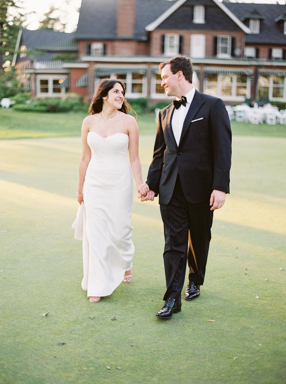 0161-Nadia-Chris-Married-When He Founf Her-Toronto Golf Club.jpg