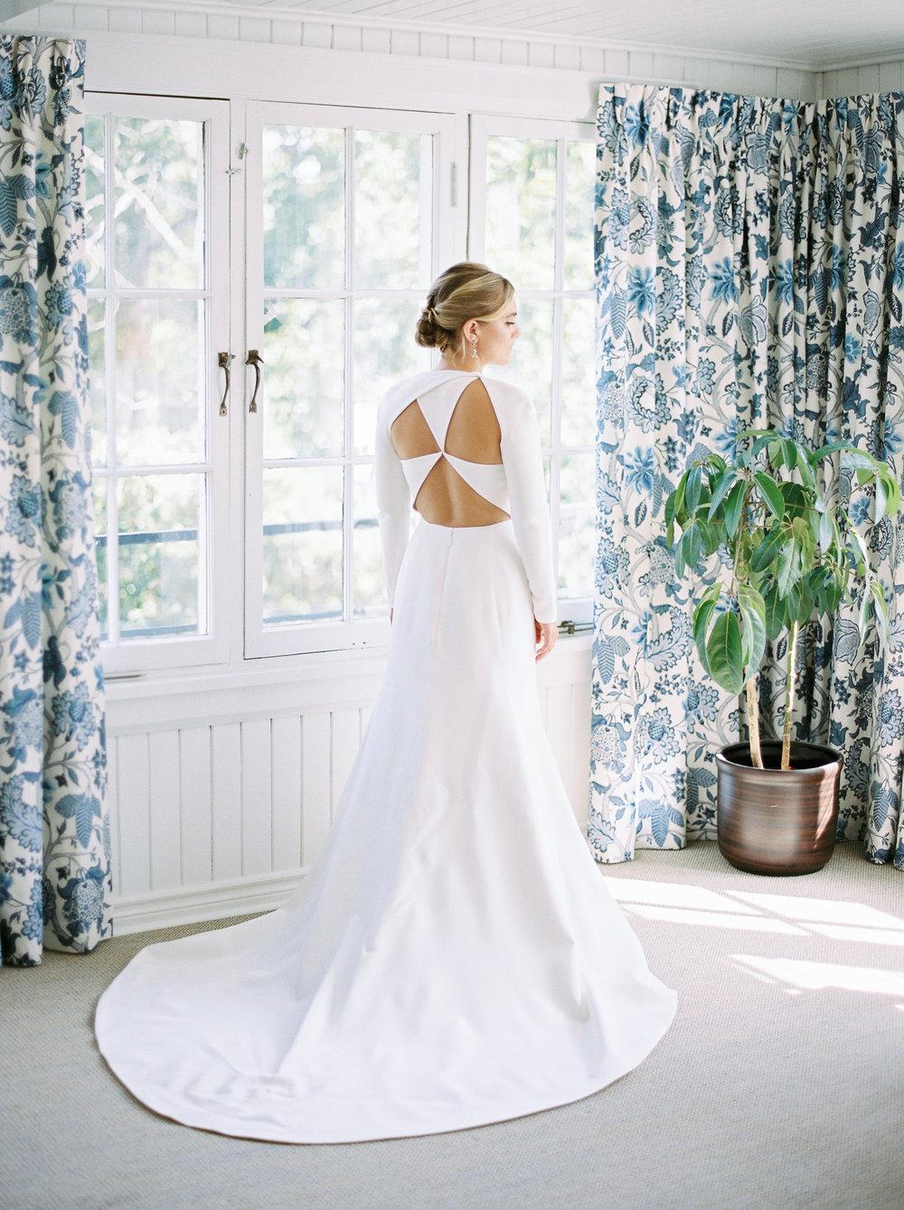 0059-Geneva-Ian-Wedding-Toronto Golf Club-When He Found Her-TorontoPhotographer.jpg