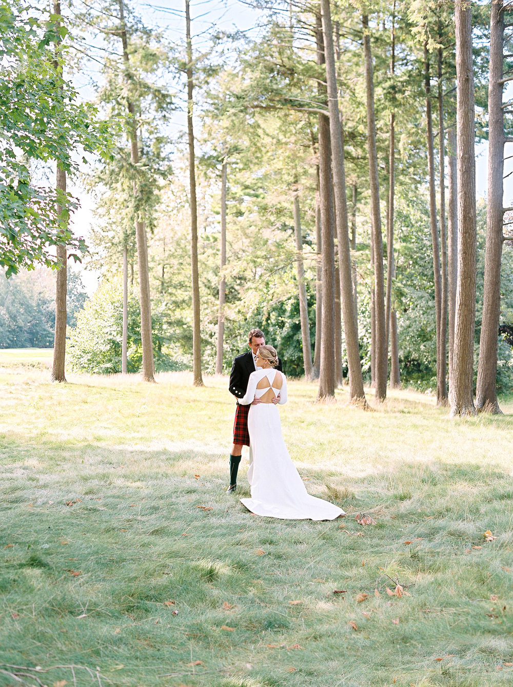 0111-Geneva-Ian-Wedding-Toronto Golf Club-When He Found Her-TorontoPhotographer.jpg