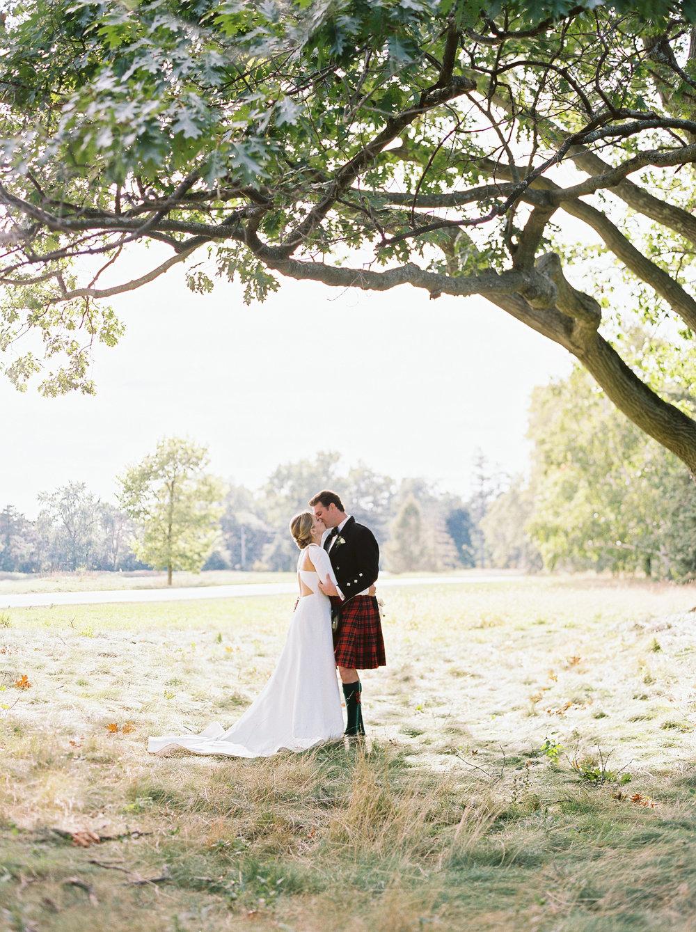 0258-Geneva-Ian-Wedding-Toronto Golf Club-When He Found Her-TorontoPhotographer.jpg