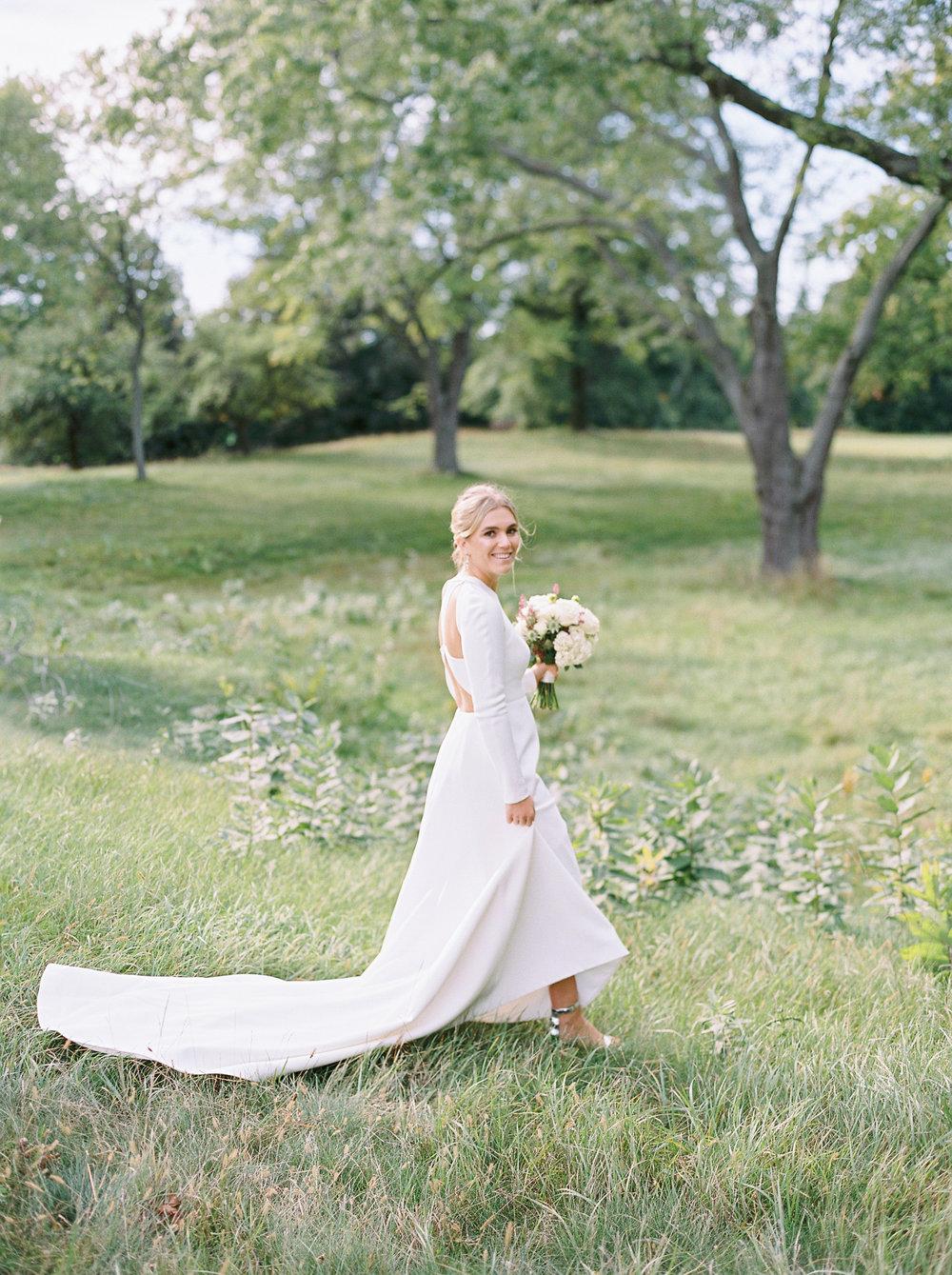 0270-Geneva-Ian-Wedding-Toronto Golf Club-When He Found Her-TorontoPhotographer.jpg