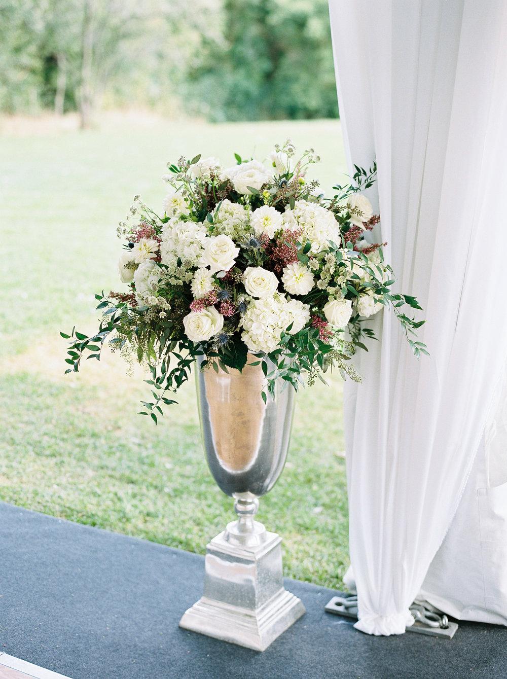 0306-Geneva-Ian-Wedding-Toronto Golf Club-When He Found Her-TorontoPhotographer.jpg