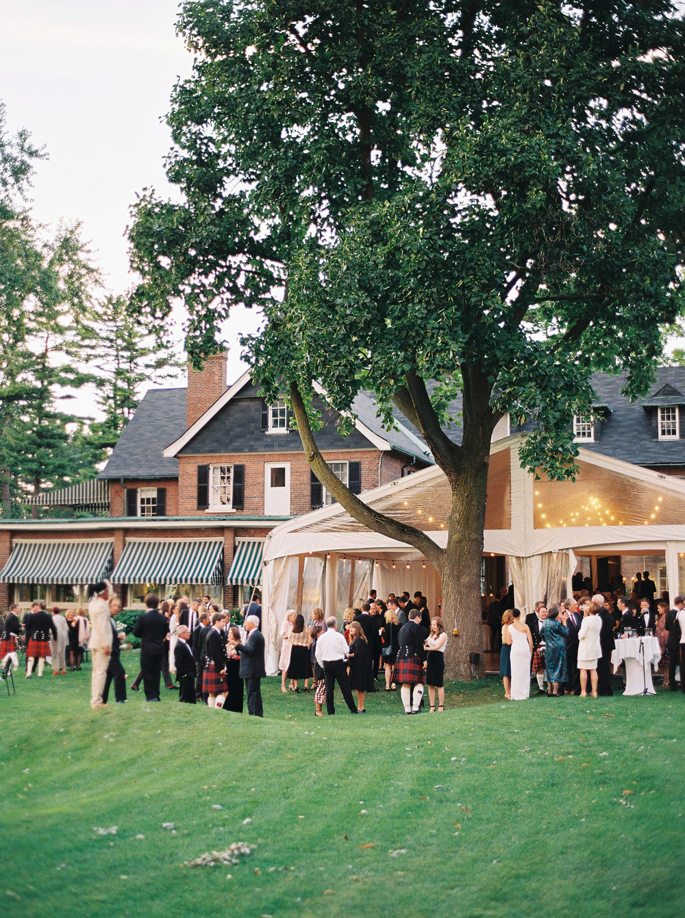 0716-Geneva-Ian-Wedding-Toronto Golf Club-When He Found Her-TorontoPhotographer.jpg