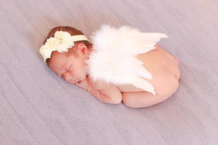 belle3 artistix newborns.png