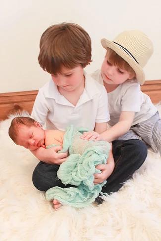 belle2_artisitix_newborns.png
