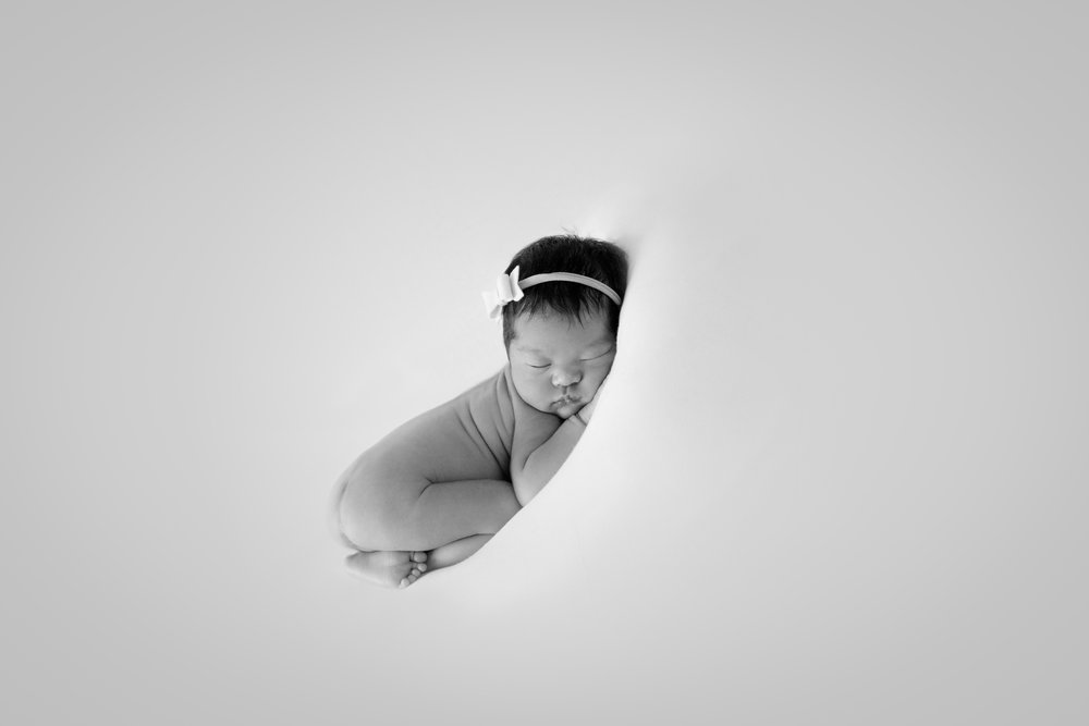 M {Newborn}-53.jpg
