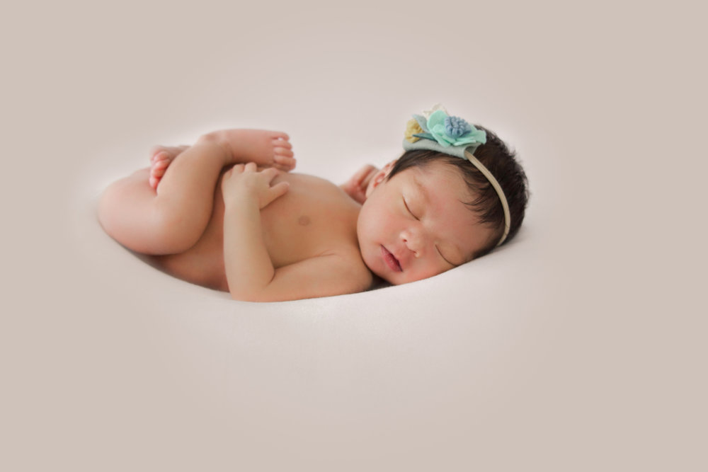 M {Newborn}-36.jpg