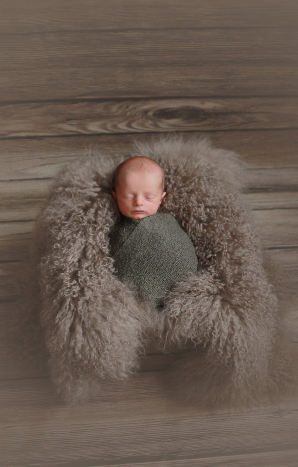 J {Newborn}-7.jpg