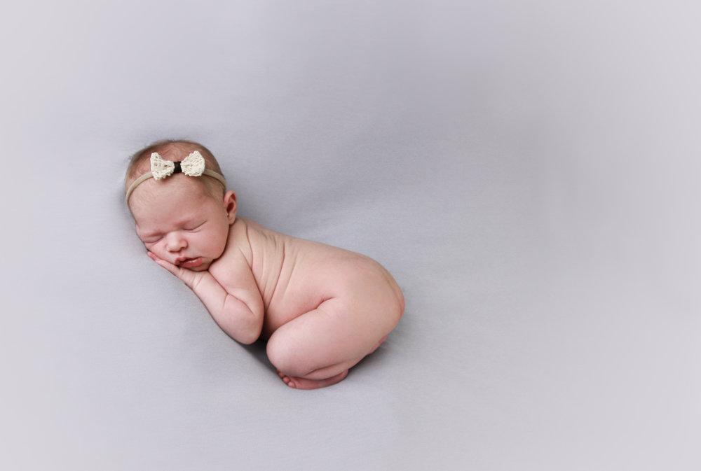 A {Newborn}-89.jpg