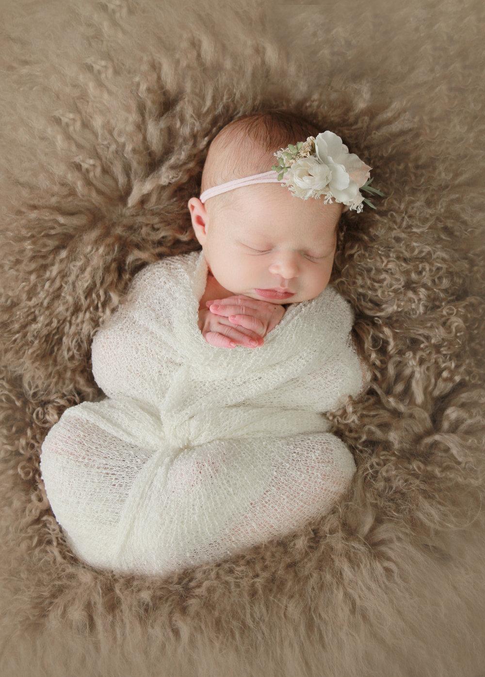 A {Newborn}-61.jpg