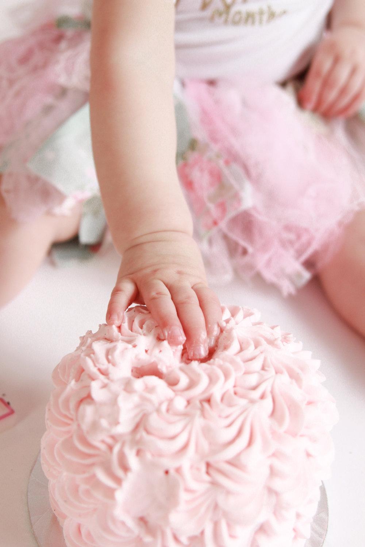 E {Cake Smash}-33.jpg