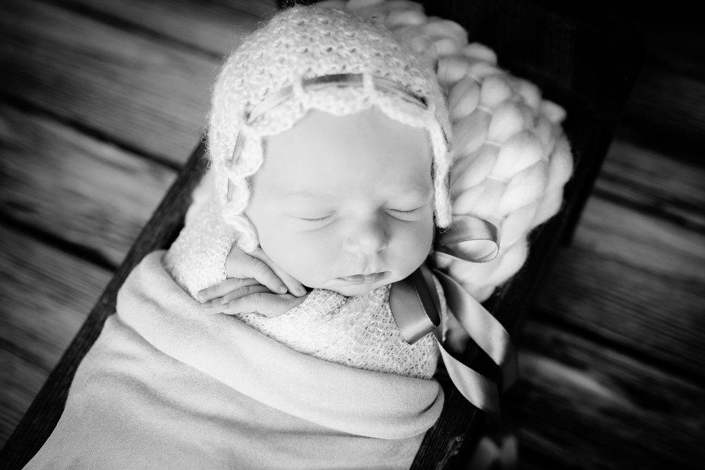 A {Newborn!}-94.jpg