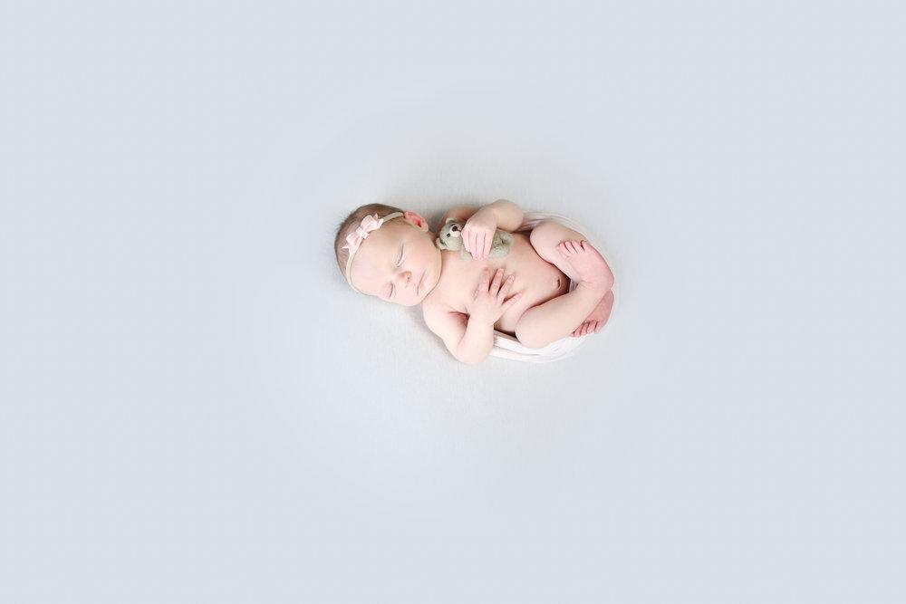 A {Newborn!}-75.jpg