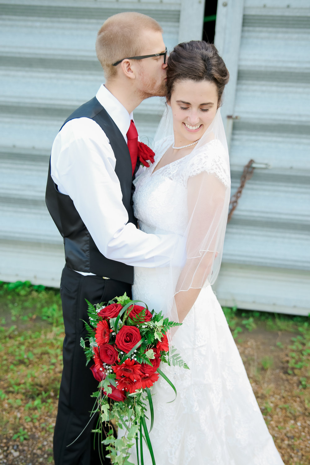 {Bride&Groom}-17.jpg