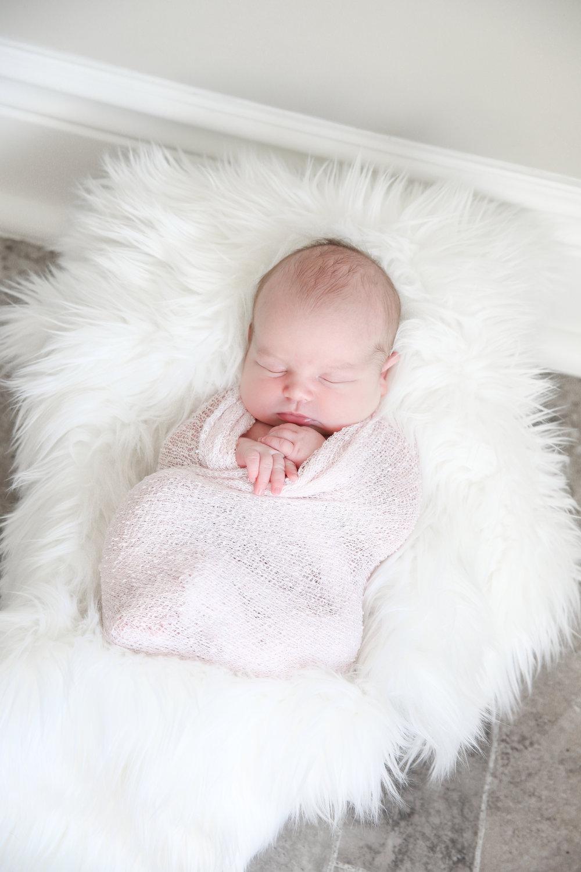 Charlie {Newborn!}-15.jpg