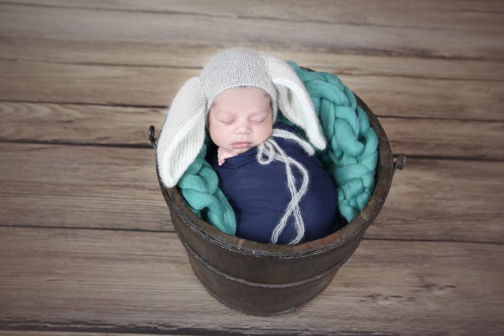 Darsh {Newborn!}-29.jpg