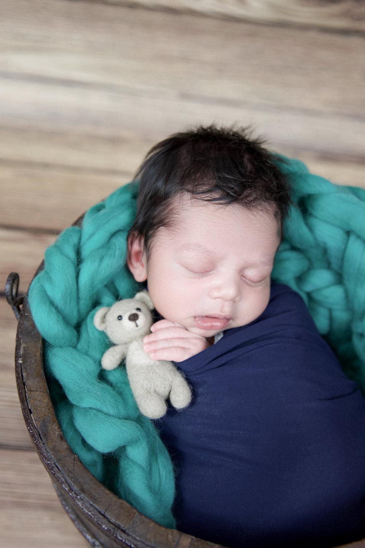 Darsh {Newborn!}-21.jpg