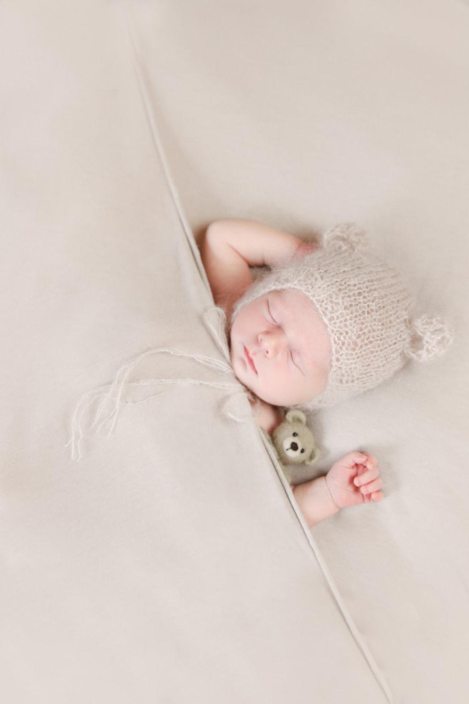 Annabelle {Newborn!}-135.jpg