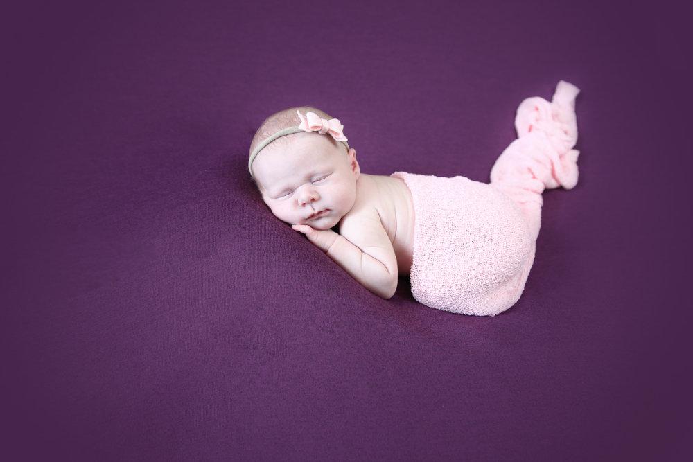 Annabelle {Newborn!}-105.jpg