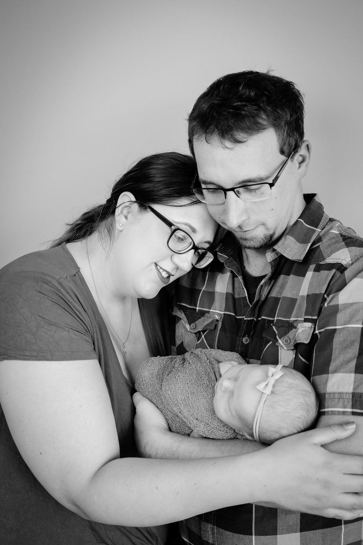 Annabelle {Newborn!}-64.jpg