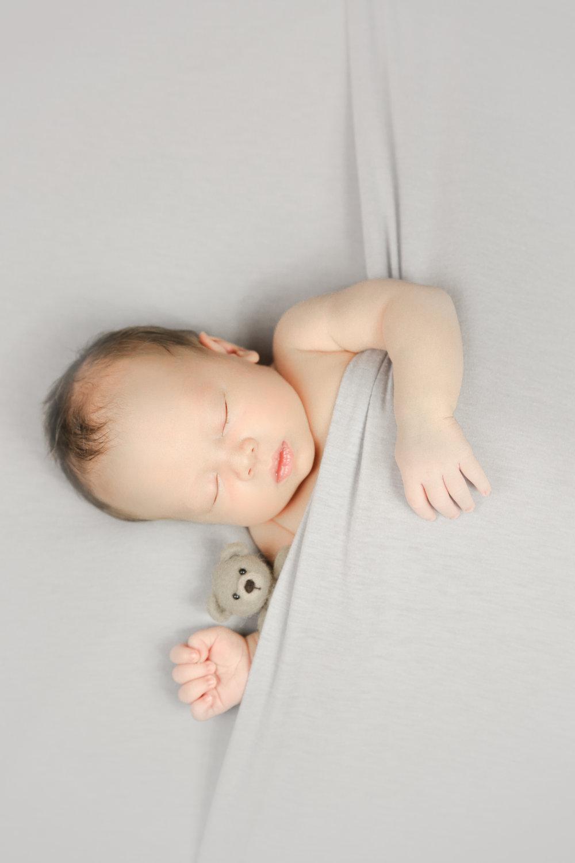 James {Newborn!}-111.jpg