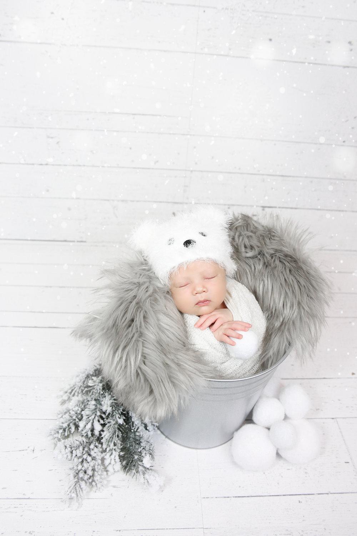 James {Newborn!}-55.jpg