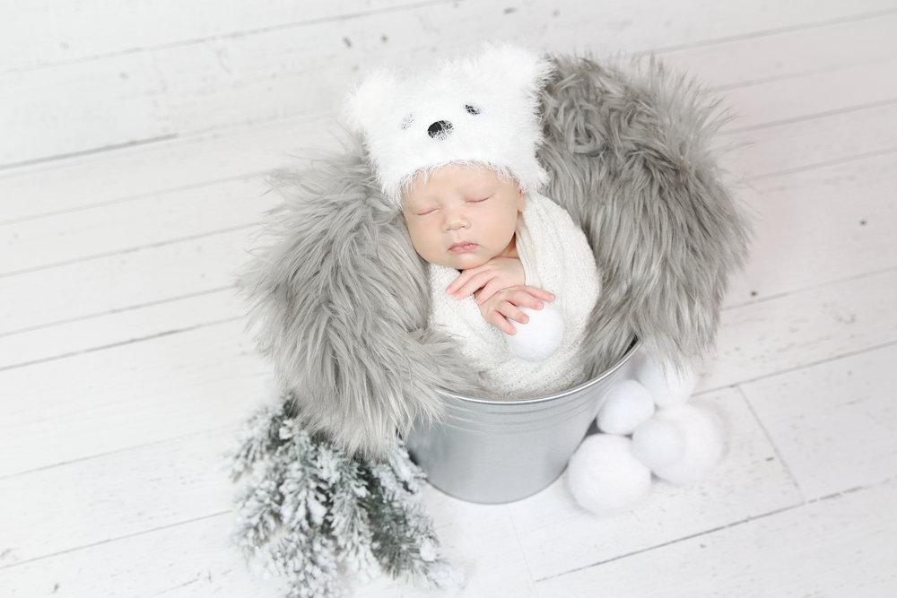James {Newborn!}-49.jpg
