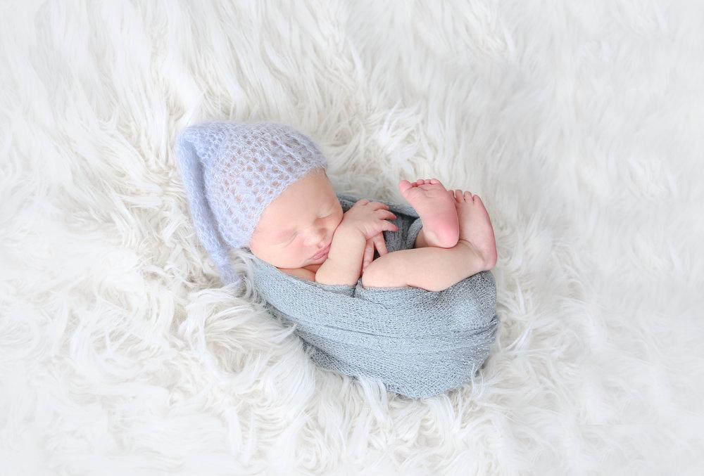 B {Newborn!}-13.jpg