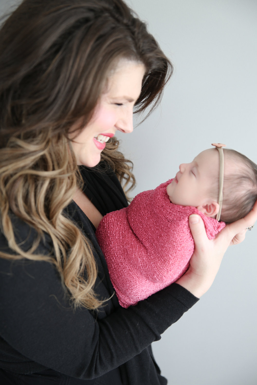 Delia Rose {Newborn!}-23.jpg