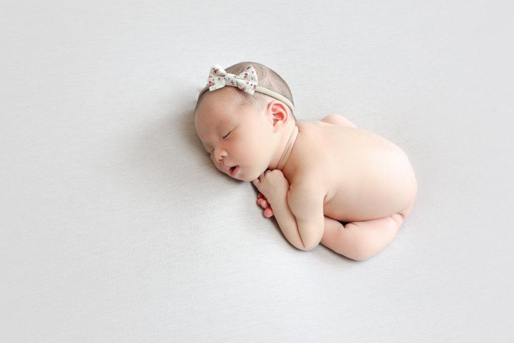 Ellie {Newborn!}-114.jpg
