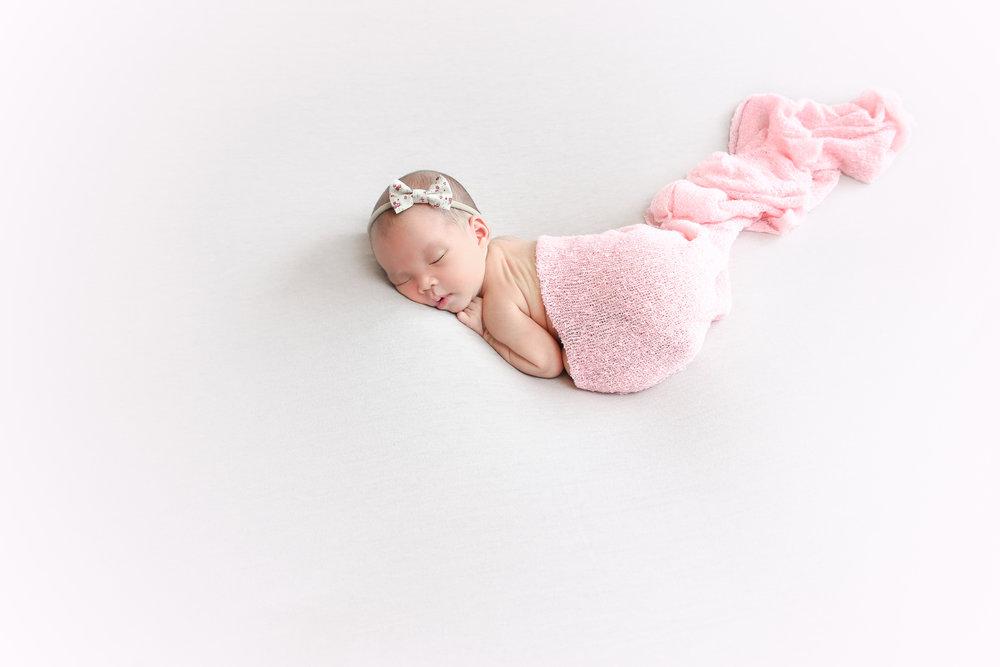 Ellie {Newborn!}-106.jpg