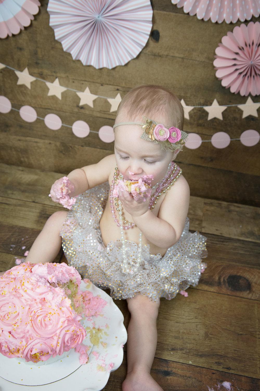 Gwen {CakeSmash!}_WEB-100.jpg