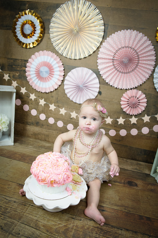 Gwen {CakeSmash!}_WEB-97.jpg