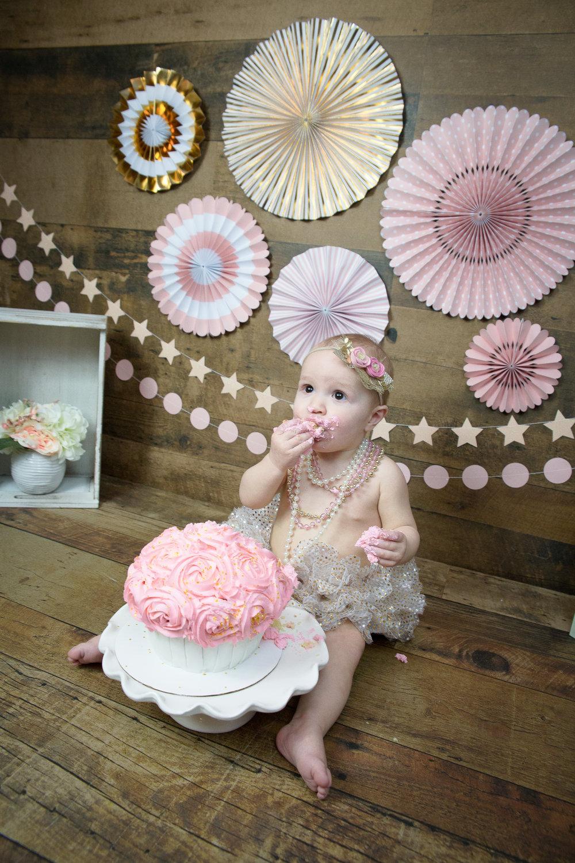 Gwen {CakeSmash!}_WEB-81.jpg