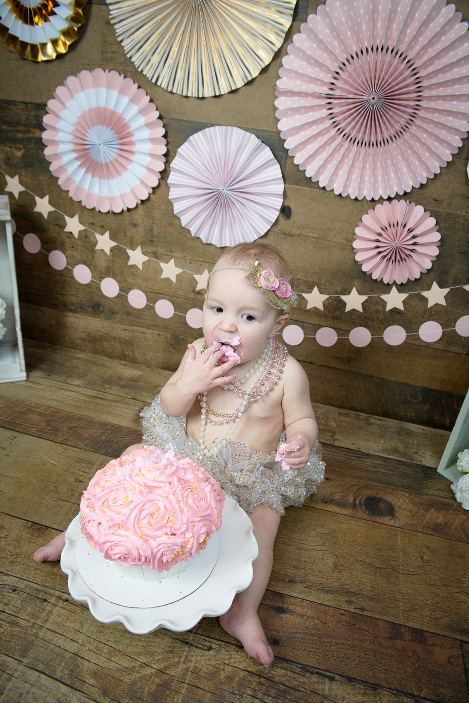 Gwen {CakeSmash!}_WEB-63.jpg