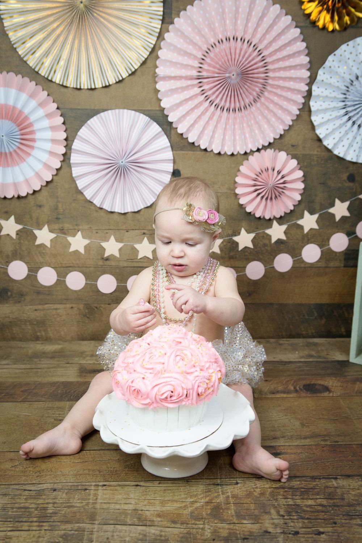 Gwen {CakeSmash!}_WEB-35.jpg