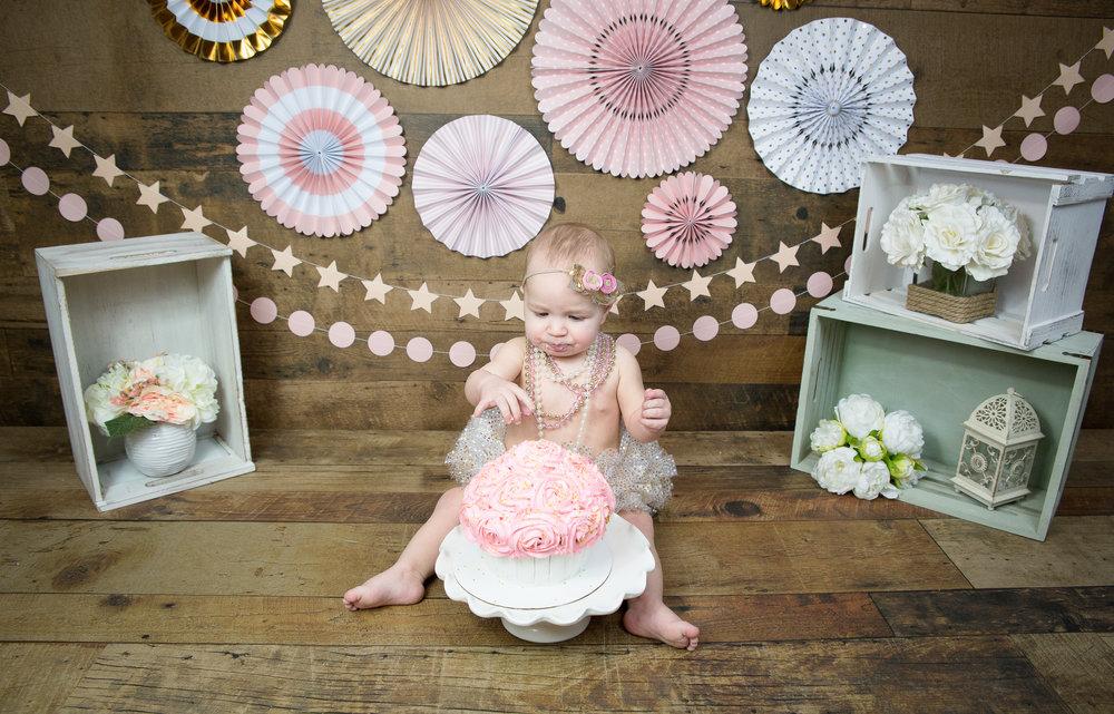 Gwen {CakeSmash!}_WEB-41.jpg
