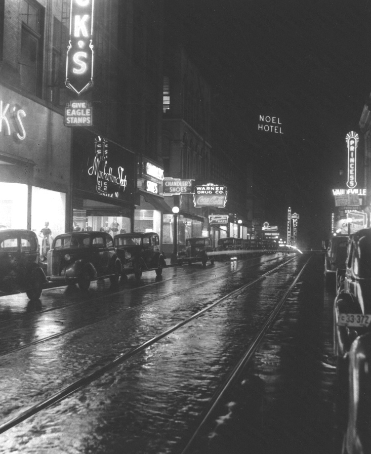 (1937) Night, 4th toward Church.jpg