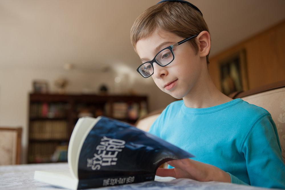 A reading SDH.jpg