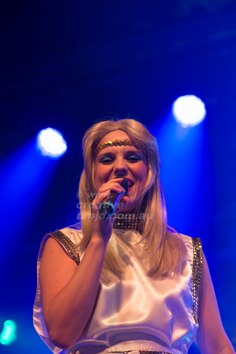 Abbalanche-Abba-tribute-at-Sydney-South-Juniors-club-4204.jpg