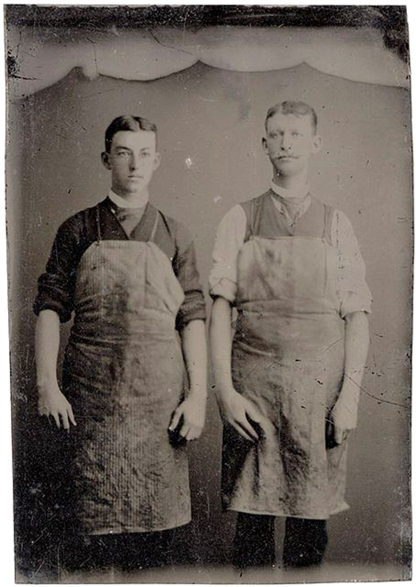 above reference photo  of two workers I used as reference for the style aprons they were wearing…