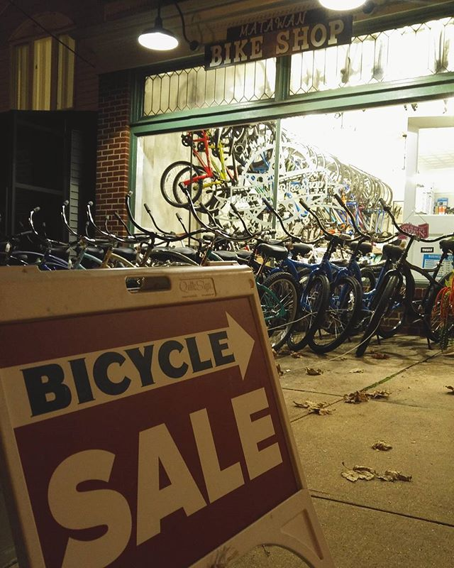 Stop by Black Friday and Small Business Saturday for up to 50% off! Follow @matawanbikeshop @matawanbikeshop @matawanbikeshop  #blackfriday #cycling #newjersey #smallbusiness #sale #mountainbike #roadbike #matawan #monmouthcounty #oldbridge #coltsneck
