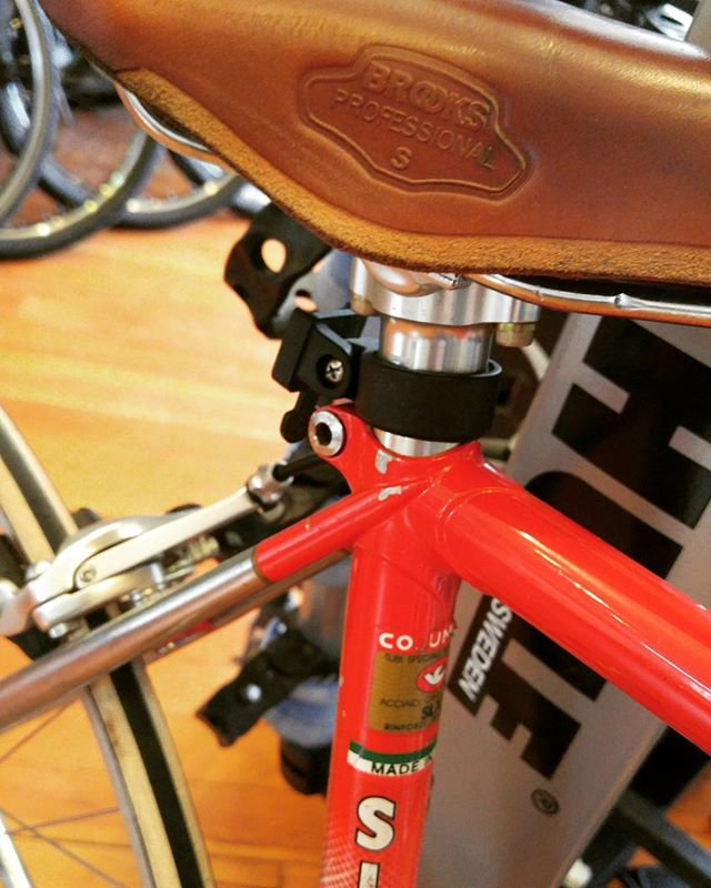 Cool new steel showing up weekly here at @matawanbikeshop  Follow @matawanbikeshop for more!  #steelisreal #roadbike #trackbike #cycling #newjersey # newyork #columbustubing #lugs #brooks #brooksengland #Thompson #bicycles