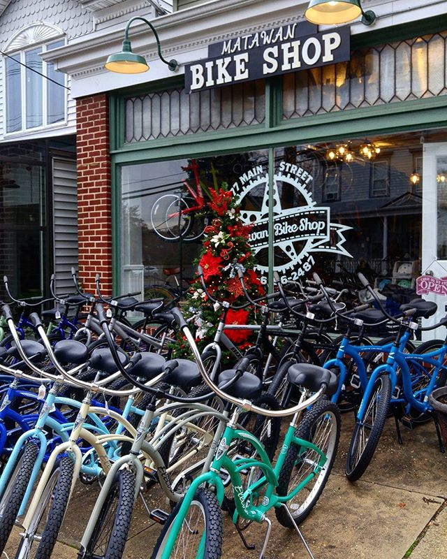 Small Business Saturday!  10-50% Off ! @matawanbikeshop follow @matawanbikeshop @matawanbikeshop  #smallbusiness #smallbusinesssaturday #blackfriday #monmouthcounty #matawan #keyport #marlboro #coltsneck #sale #bicycles #mountainbike #picoftheday #bikeshop #saturday
