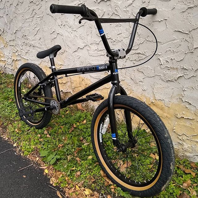 Deal of the day! Only $229. (MSRP $389) Get it while it's here today only! @matawanbikeshop . . . #bmx #haro #matawan #holidaygifts #sale #aberdeen #keyport #oldbridge #marlboro #coltsneck #middletown #cycling #bicycle #clearance