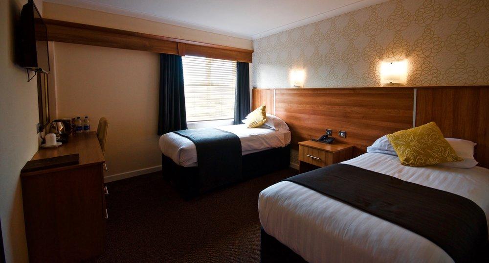 room bal 2.jpg