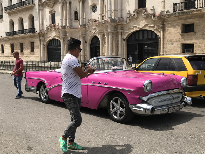 Pink Buick convertible in Havana