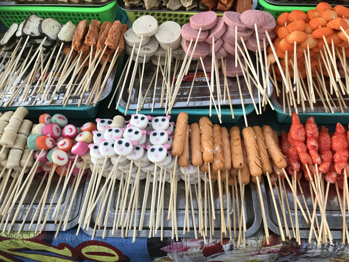Exotic nibbles at the night market