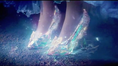 cinderella-live-action-trailer-2015-slippers-452